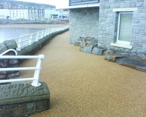 Resin bound stone pathways