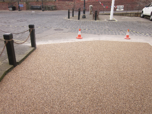 Gravel paving screeds driveways surfacing Tyne and Wear