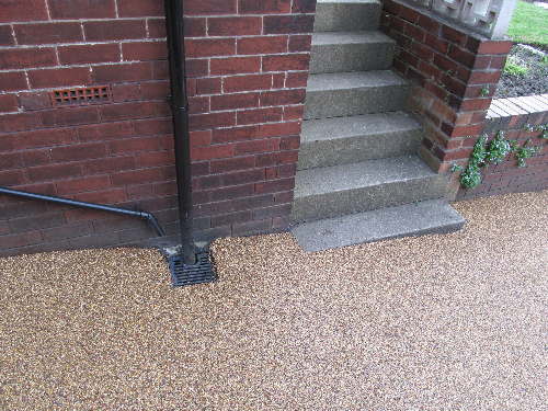 Resin exteriors gravel surfaces Newcastle Upon Tyne