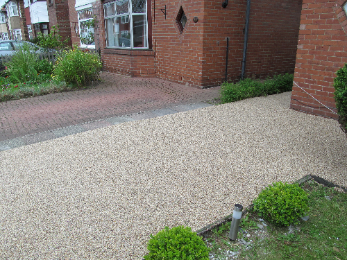 Newcastle Upon Tyne gravel paving screeds surfaces