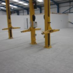 Concrete floor prepared by dust free diamond grinding